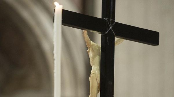 #издома - как молиться дома на Страстной неделе и Пасхе
