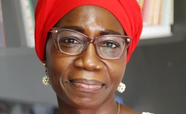 Remise du prix Harambee 2021 au Professeur Sawadogo Duni