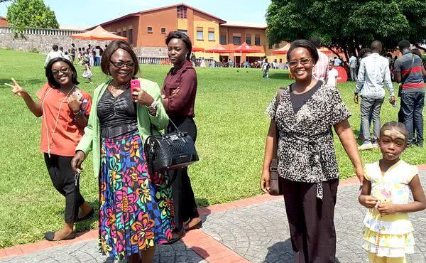 Opus Dei - Journée mariale de familles à Lukunga