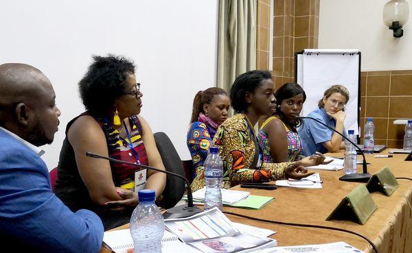 Opus Dei - Améliorer la santé bucco-dentaire au Congo