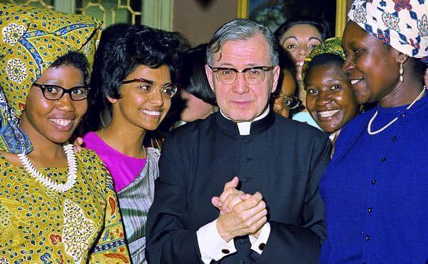 Opus Dei - Les Messes pour la fête de saint Josémaria