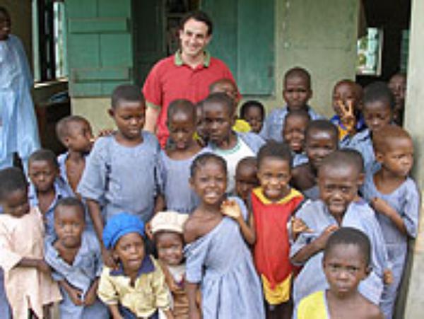 Nigeriako Opus Deiko kideak ereduak dira edozein Europako kiderentzat