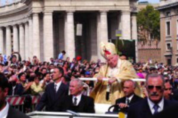 Aniversário da Canonização de São Josemaria