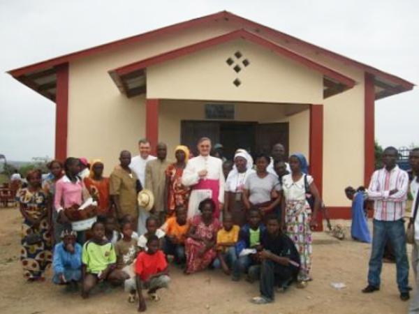 Congo acoge la primera iglesia dedicada a San Josemaría en África