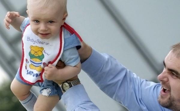 La presència del pare en la família és vital, diu el Papa Francesc