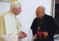 Đức Giám Quản trong buổi yết kiến mới đây với Đức Thánh Cha Bênêđictô XVI.