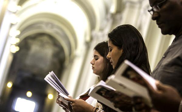 A oração coleta em várias línguas