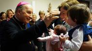 """""""Gostaria de aconselhar as famílias a lerem as encorajadoras catequeses do Papa"""""""