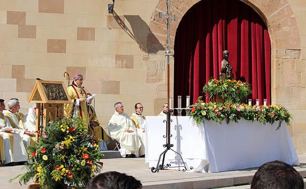 El abad de Montserrat destaca las virtudes de Buen Pastor del Beato Álvaro del Portillo