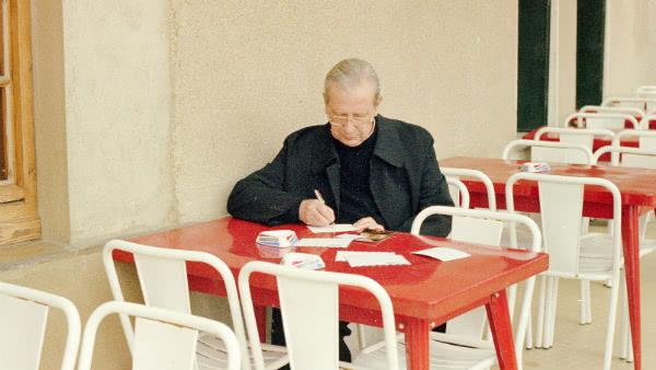 Opus Dei - María es el mejor camino para obtener una contrición que nos limpie
