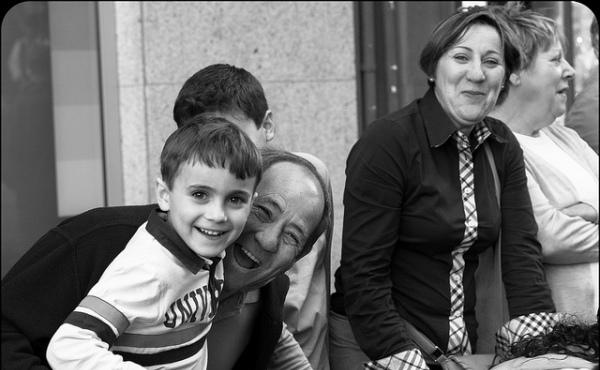 Opus Dei - Misiunea educativă a familiei (2)