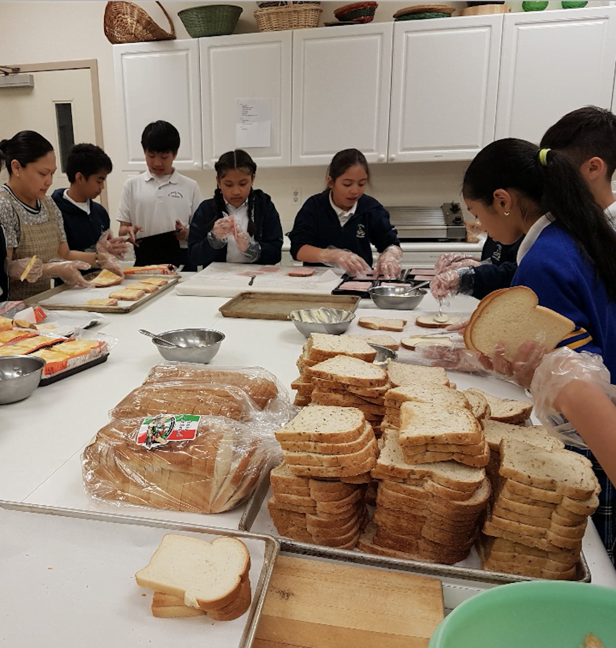Opus Dei - 200 sandwiches twice
