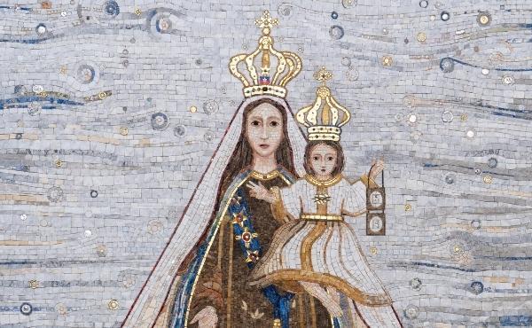 Opus Dei - Un mosaico a la Reina de Chile