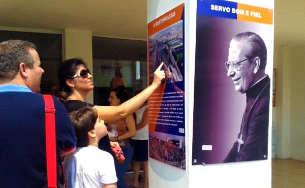 Opus Dei - Ribeirão Preto conhece a Dom Álvaro