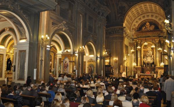 Un cuadro del beato Álvaro del Portillo en la madrileña iglesia de San José