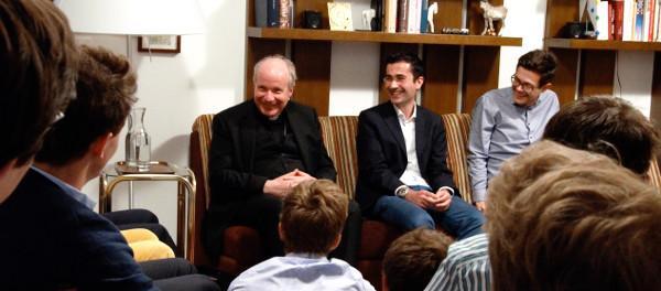 Opus Dei - Kardinal Schönborn besucht Studentenheim Birkbrunn