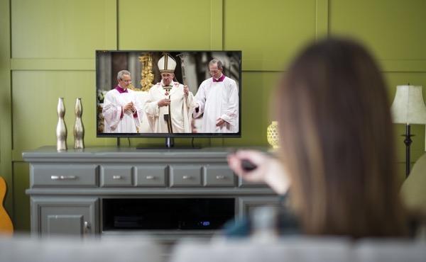Onde seguir online a Missa diariamente?
