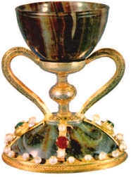 what is the holy grail how is it related to the holy chalice