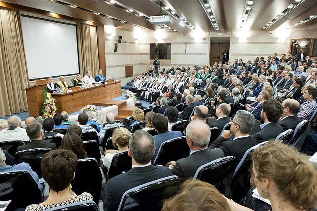 Opus Dei - Il Prelato inaugura l'Anno accademico della Pontificia Università della Santa Croce