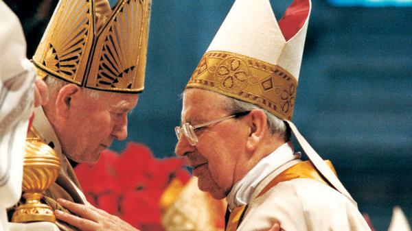 Janez Pavel II. in Janez XXIII. bosta razglašena za svetnika, Álvaro del Portillo za blaženega