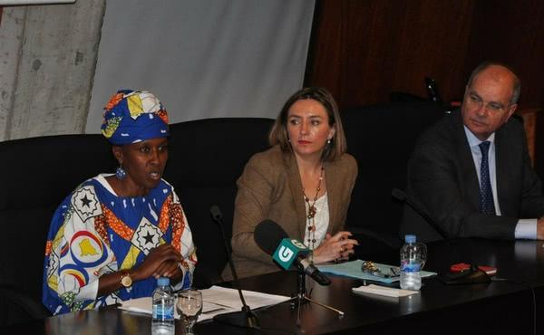 Opus Dei -  Antoinette Kankindi, Premio Harambee 2017, reivindica no campus o papel da muller como motor de África