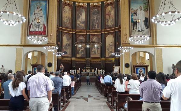Celebran Misas en honor a San Josemaría