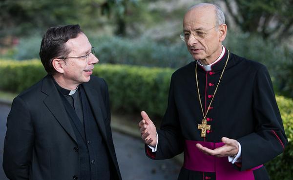 Imatges del nou prelat de l'Opus Dei