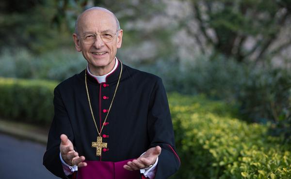Opus Dei - Msgr. Fernando Ocáriz — življenjepis