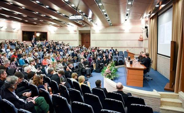 Opus Dei - Uświęcanie pracy według św. Josemarii
