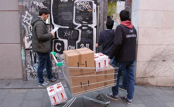 Recapte solidari d'aliments per al Raval (Barcelona)