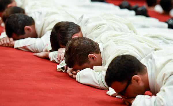 Ordinazione di 34 diaconi dell'Opus Dei