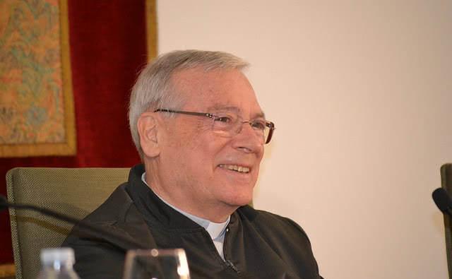 """Opus Dei - Mons. Marchetto: """"No tingueu por de proposar coses grans als joves"""""""
