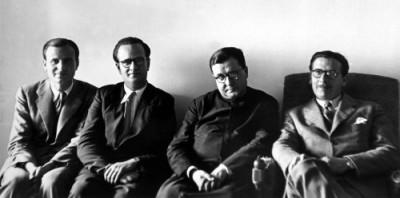 Les trois premiers membres de l'Opus Dei à devenir prêtres, avant leur ordination