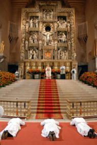 Ordinations au sanctuaire de Torreciudad.