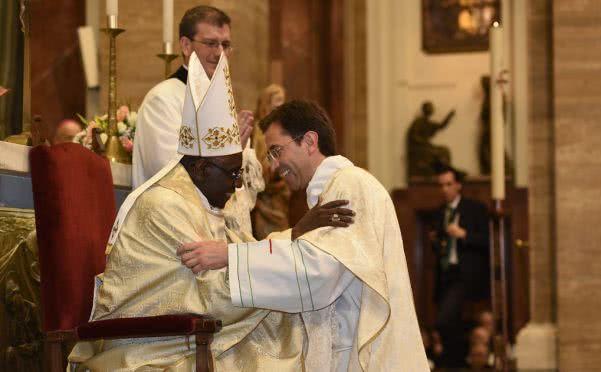 Opus Dei - Homília Kardinála Robert Sarah pri príležitosti kňazskej vysviacky 5.5.2018