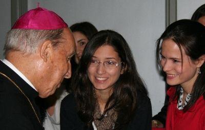 Una chica de Trinidad y Tobago le pidió un consejo para amar más al Santo Padre durante la JMJ de Brasil.