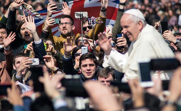 """Opus Dei - """"Christus vivit"""". Nova exhortació apostòlica del Papa Francesc"""