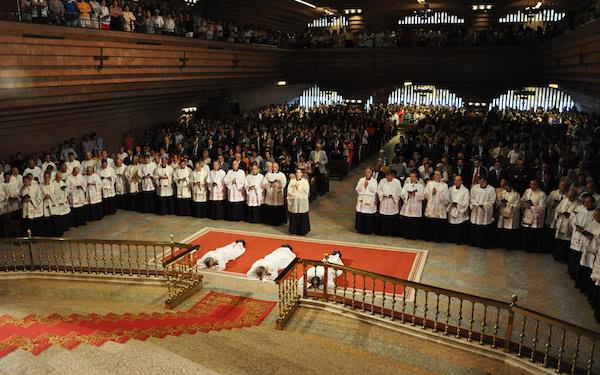 Opus Dei - «Percorrete il vostro cammino di sacerdoti con la gioia del Vangelo»