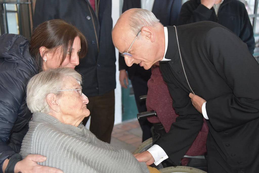 Opus Dei - Prelaatin matka Argentiinaan (kuvagalleria)