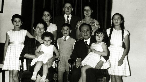 Opus Dei - Molitev k Tomásu in Paquiti