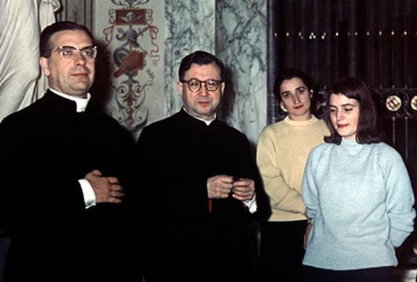 Montse Grases și Sf. Josemaría