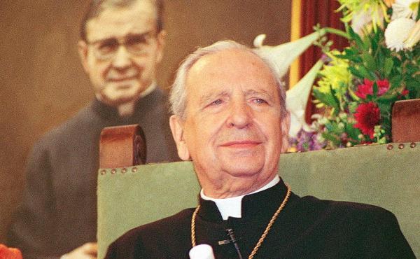 Don Alvaro del Portillo boldoggá avatásáról