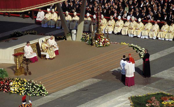 Solicitação ao Papa para que canonize o fundador do Opus Dei