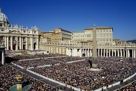 Prieš 15 metų: Pakelti pasaulį į Dievą ir jį perkeisti iš vidaus