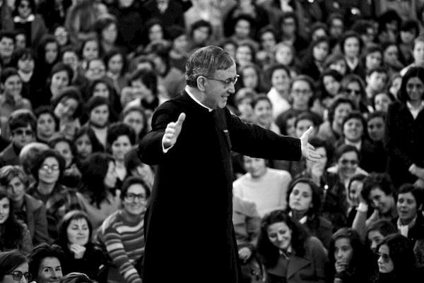 Vychádza nová kniha rozhovorov so svätým Josemaríom. Po prvýkrát v slovenčine