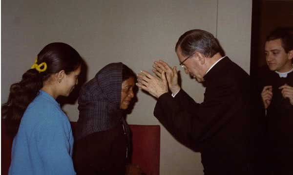 Opus Dei - Com os braços abertos a todos