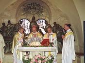 зltima Misa de Mons. аlvaro del Portillo. Iglesia del CenАculo, JerusalИn. 22-III-1994