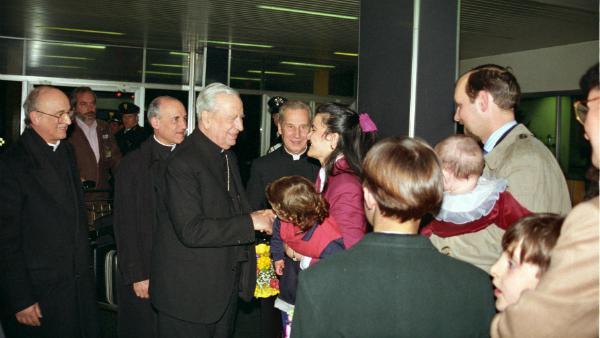 Opus Dei - Responder con alegría al querer de Dios