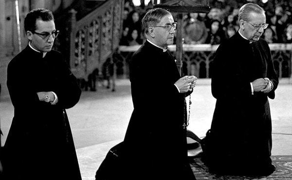 Opus Dei - Textos d'Álvaro (6): Mes de Maig, dedicat a la Mare de Déu