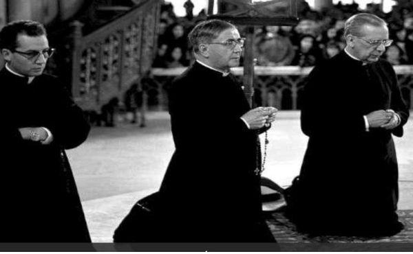 Opus Dei - La formación de los sacerdotes para ofrecer una adecuada atención pastoral